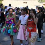 South-pasadena-news-10-31-17-getting-the-halloween-party-started-at-monterey-hills-02