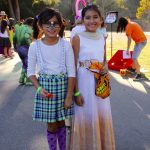 South-pasadena-news-10-31-17-getting-the-halloween-party-started-at-monterey-hills-12