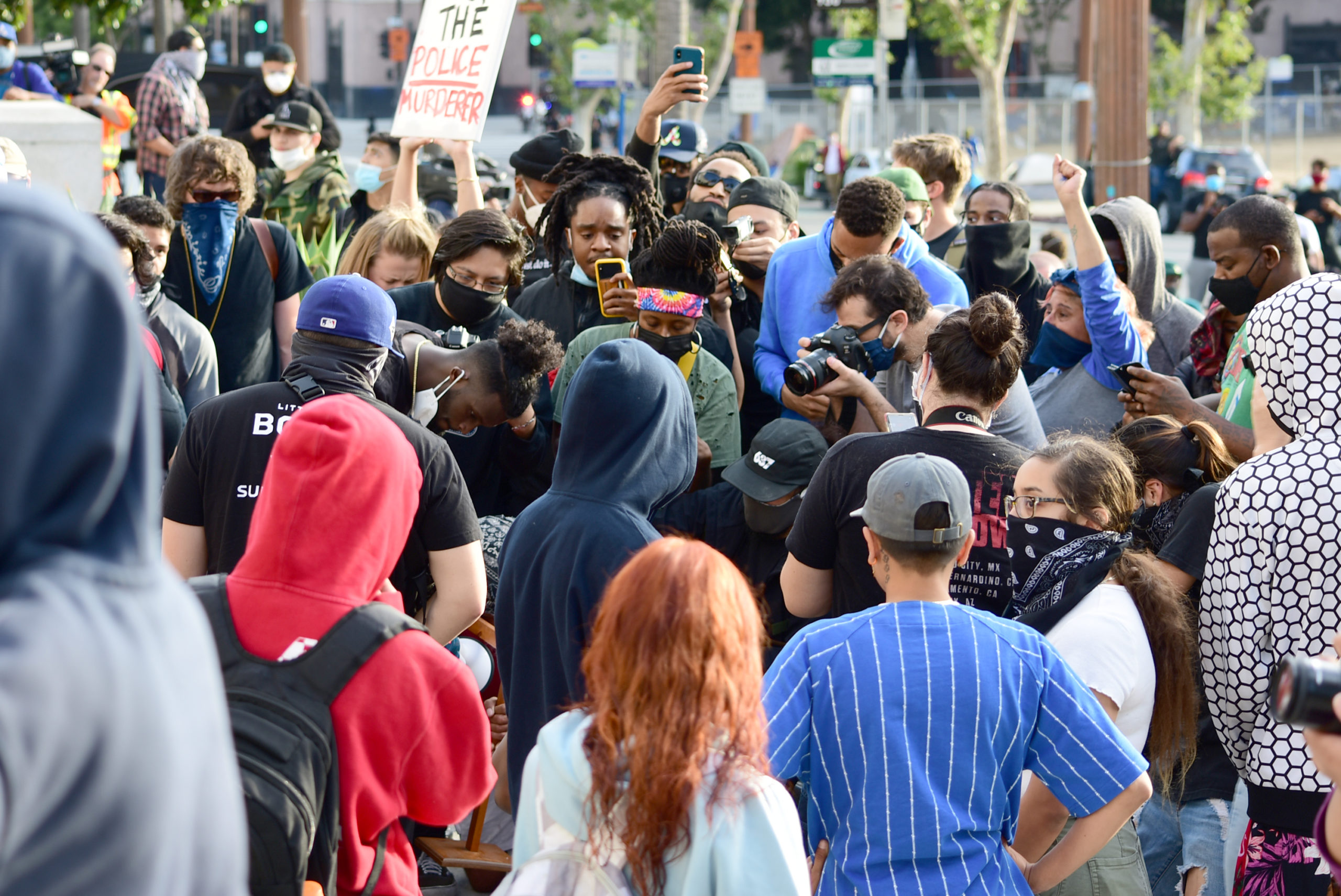 south-pasadena-news-05-31-2020-george-floyd-blm-black-lives-matter-protests-los-angeles-day-2-106