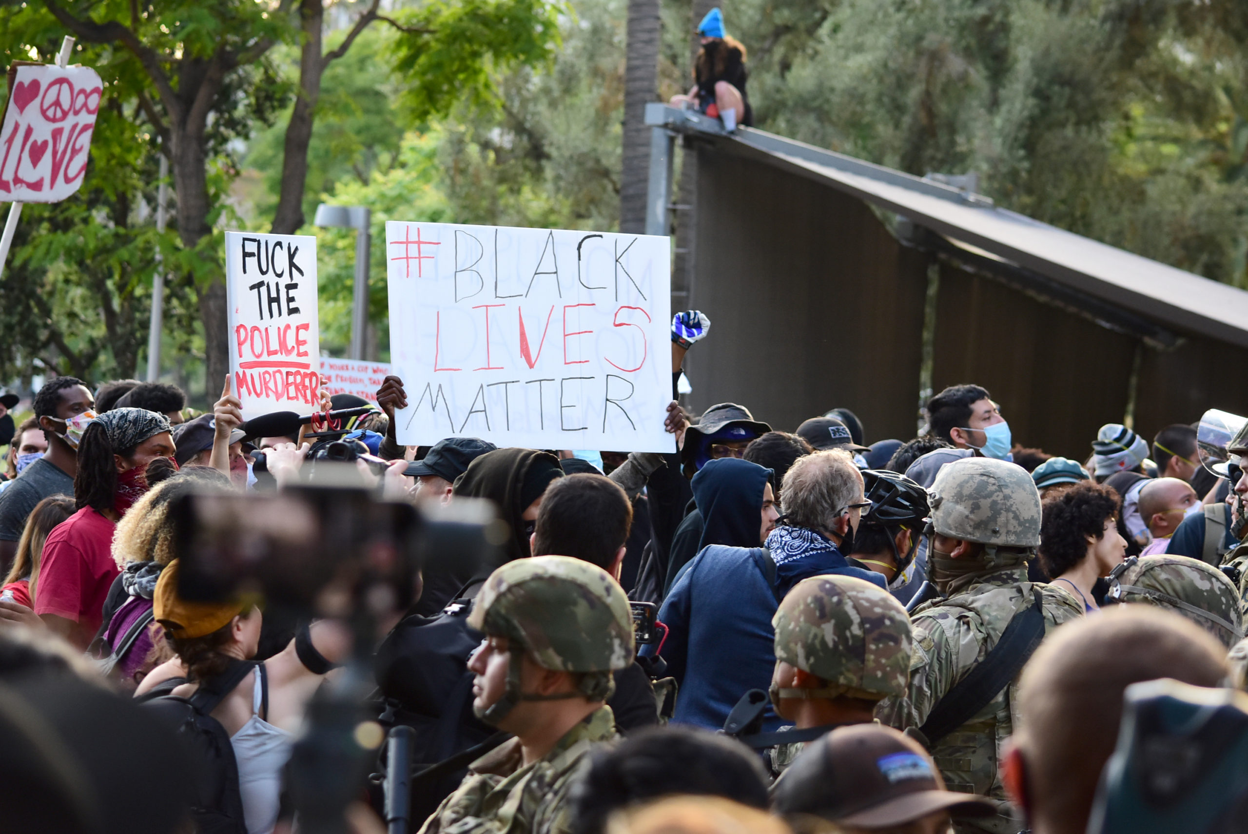 south-pasadena-news-05-31-2020-george-floyd-blm-black-lives-matter-protests-los-angeles-day-2-144
