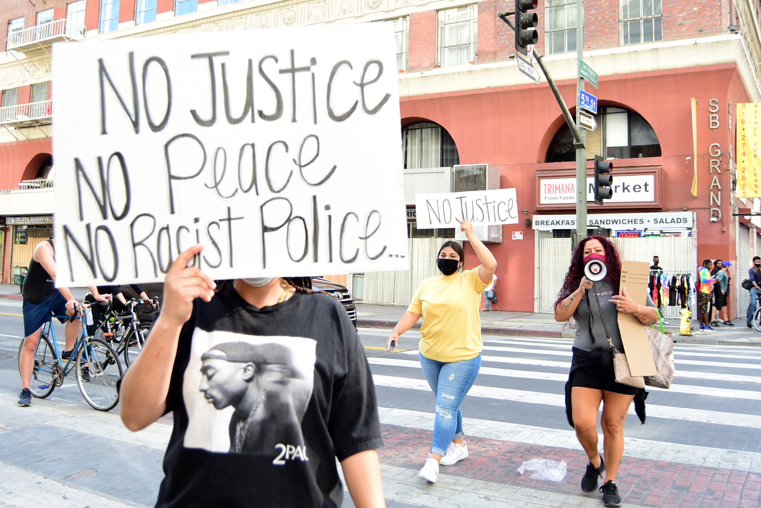 south-pasadena-news-05-31-2020-george-floyd-blm-black-lives-matter-protests-los-angeles-day-2-35