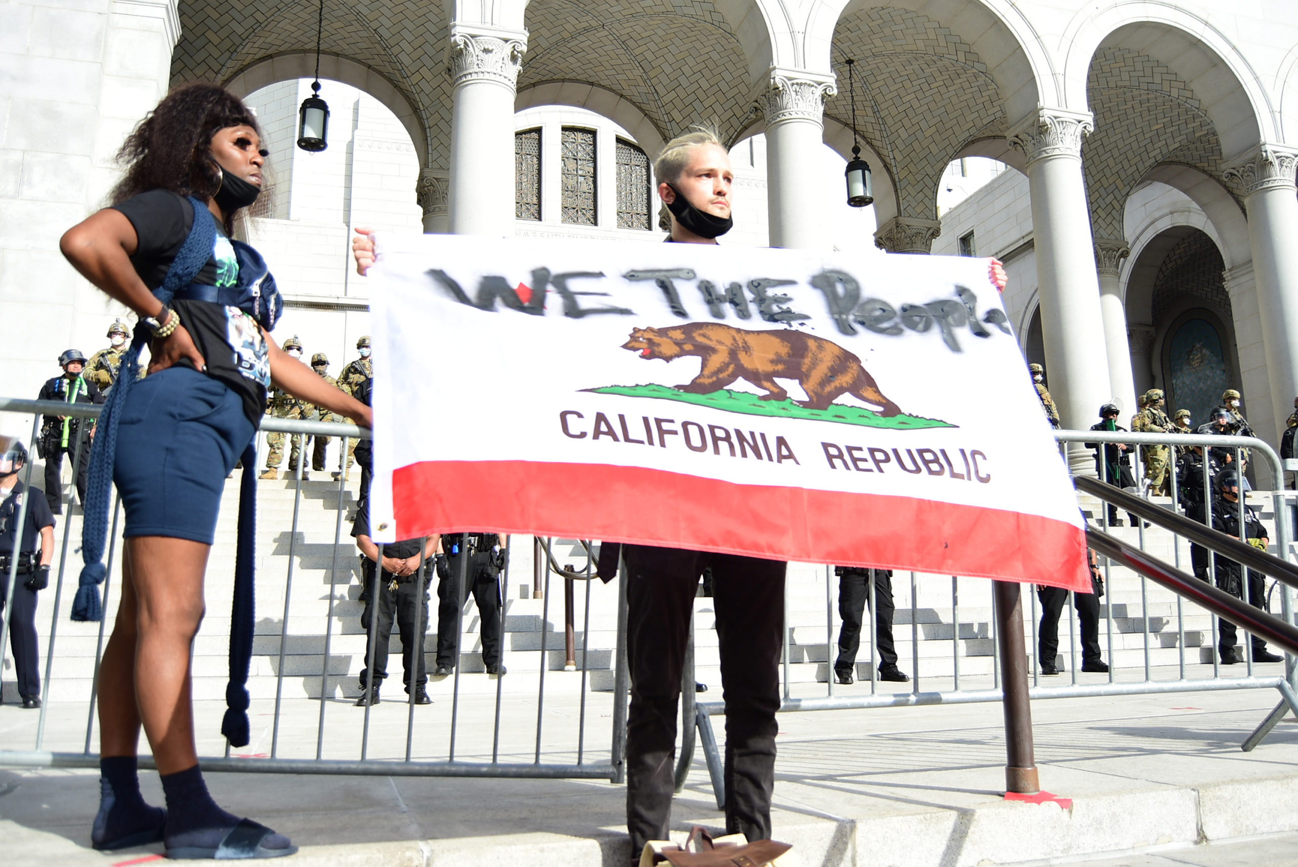 south-pasadena-news-05-31-2020-george-floyd-blm-black-lives-matter-protests-los-angeles-day-2-73