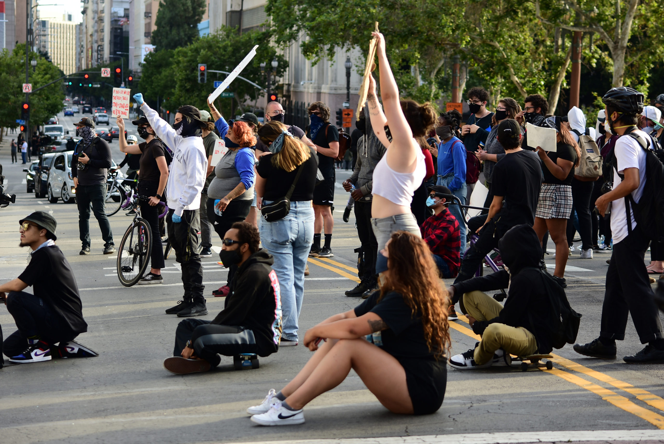 south-pasadena-news-05-31-2020-george-floyd-blm-black-lives-matter-protests-los-angeles-day-2-99