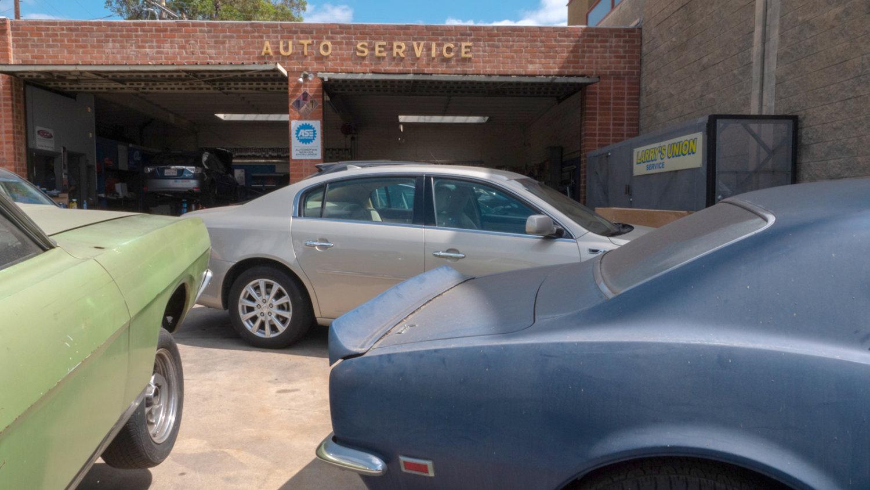 south-pasadena-news-06-21-2021-business-larrys-auto-union-repair-shop-car-amp-01