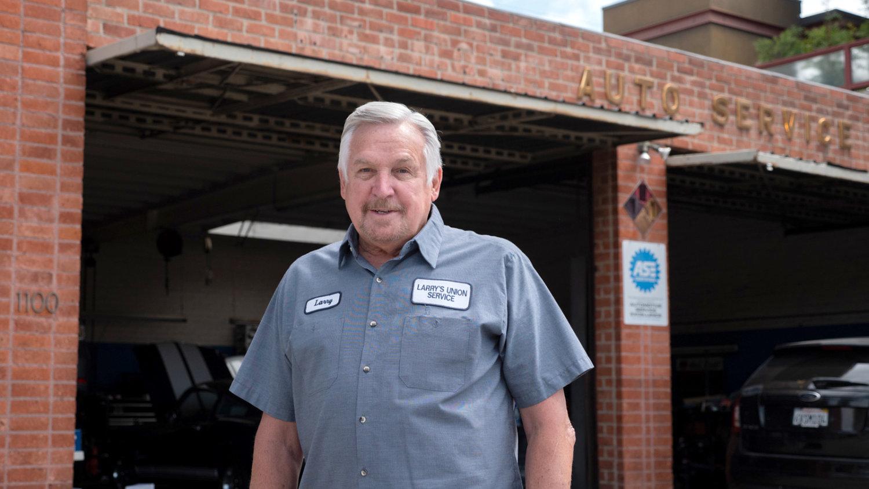 south-pasadena-news-06-21-2021-business-larrys-auto-union-repair-shop-car-amp-03
