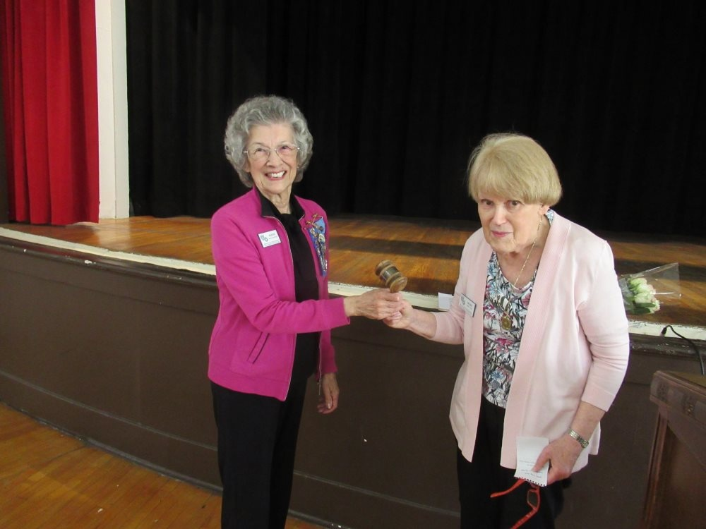 Woman's Club Installs new Officers with 1926 gavel | South ...