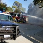 south-pasadena-news-08-27-17-brush-fire-on-arroyo-drive-quickly-extinguished-in-blazing-heat-03