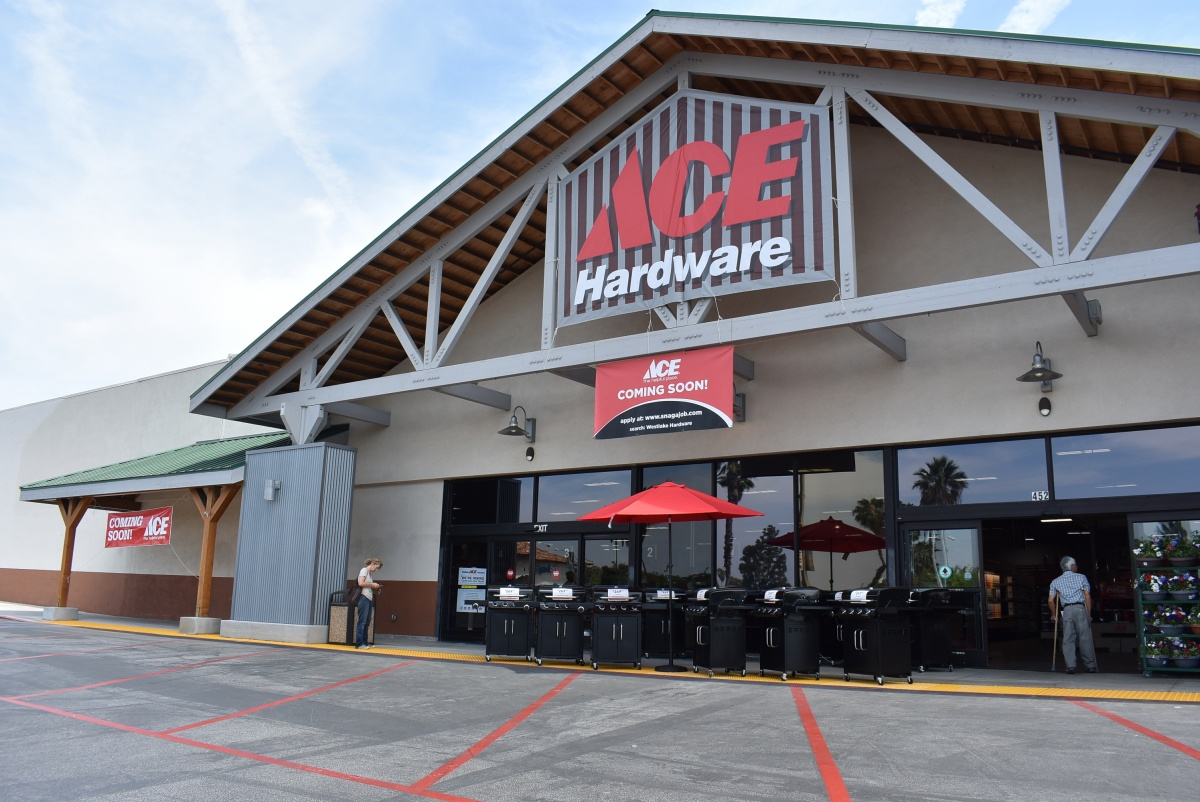 ACE Hardware Grand Opening