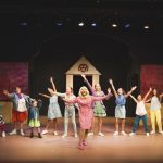 south-pasadena-news-11-02-17-legally-blonde-will-make-you-stand-up-and-cheer-03